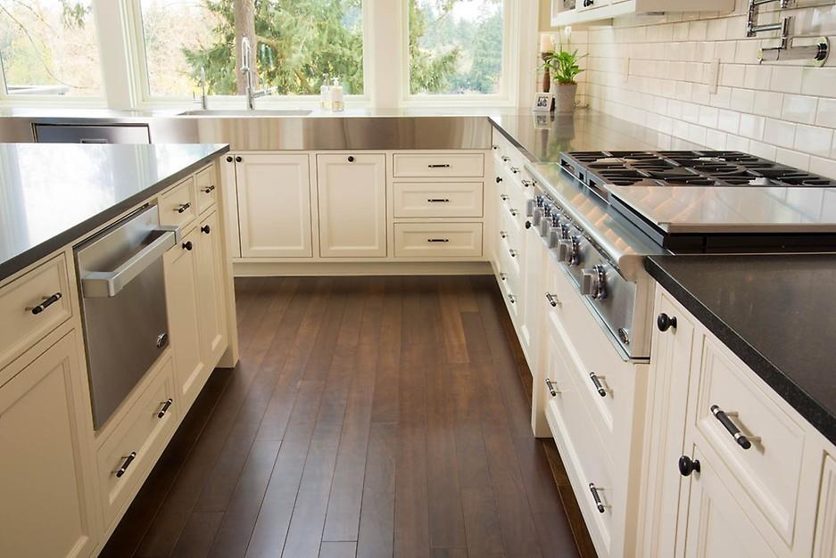 Riverland Homes kitchen