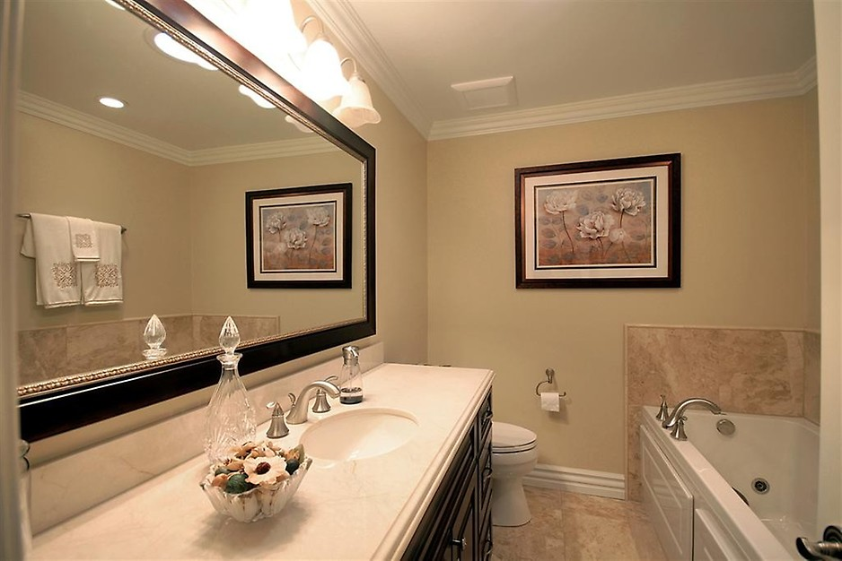 Attractive Bathroom Walls