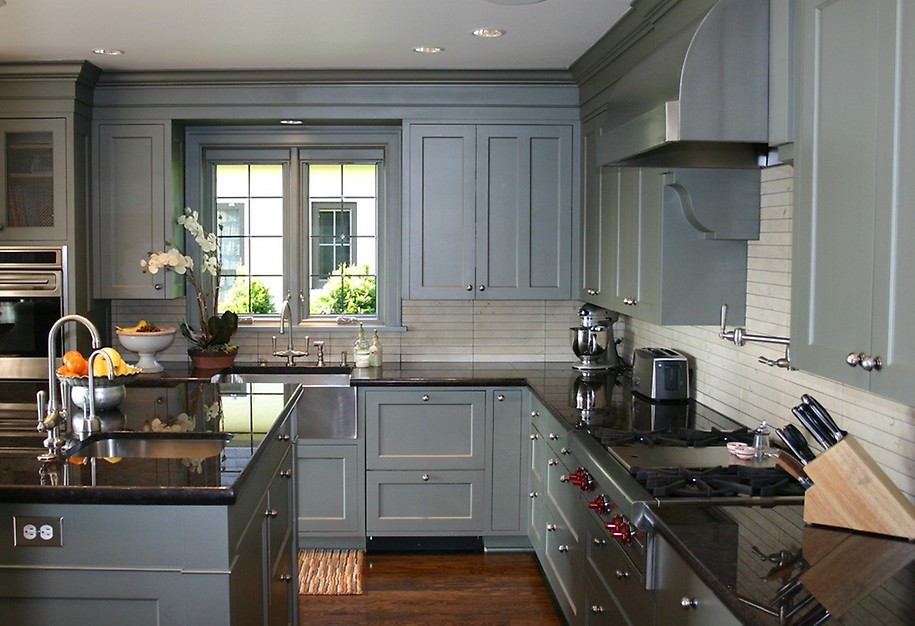 8 ways to breathe life into outdated cabinets porch advice for Are white kitchen cabinets outdated