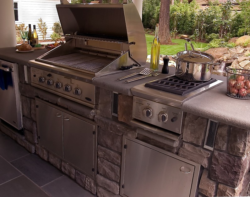 Neil Kelly Outdoor Kitchen
