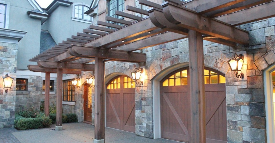 Should You Replace The Garage Door On Your Washington Dc Home
