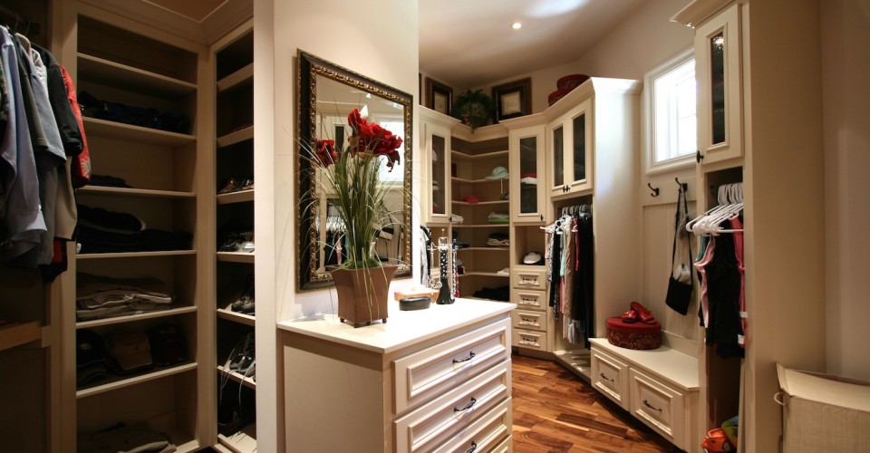 Keeping Your Closet Remodeling Project On Schedule