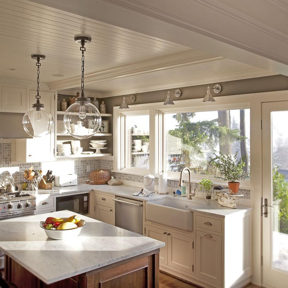 Best paint colors for every type of kitchen porch advice for Kitchen interior colour
