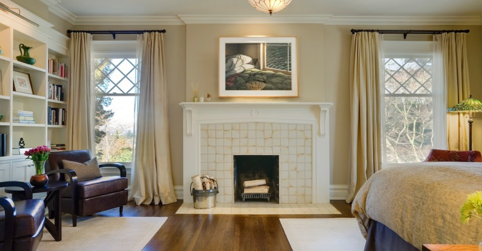 How To Safely Decorate Your Fireplace