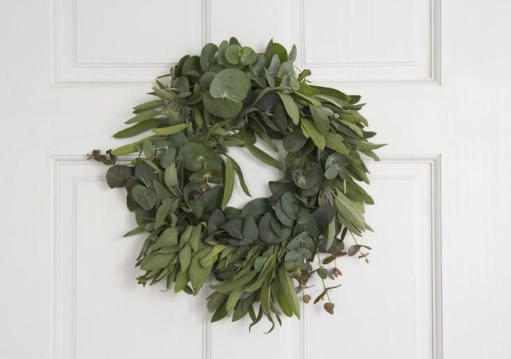 Gardenista - Silvery Wreath