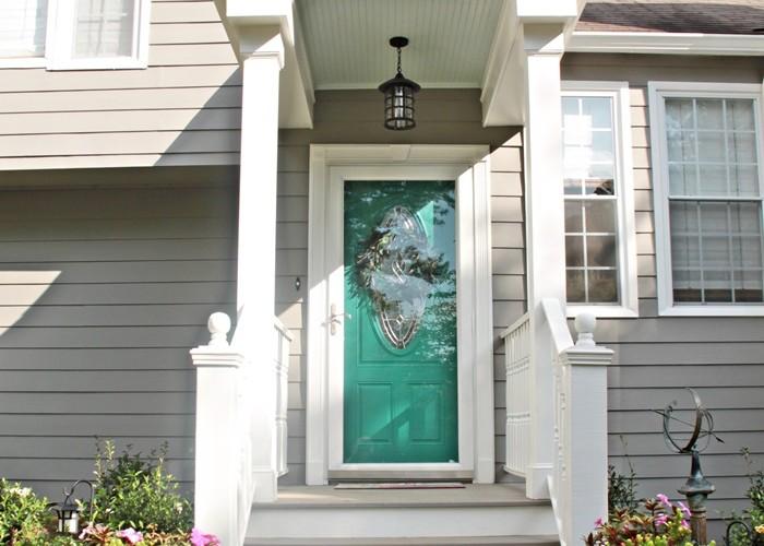turquoise front doorturquoisefrontdoor700x500  Porch Advice