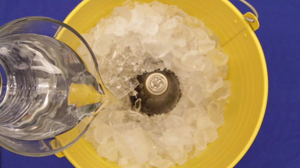4 Ways To Chill Wine Amp Beer Bottles Quickly