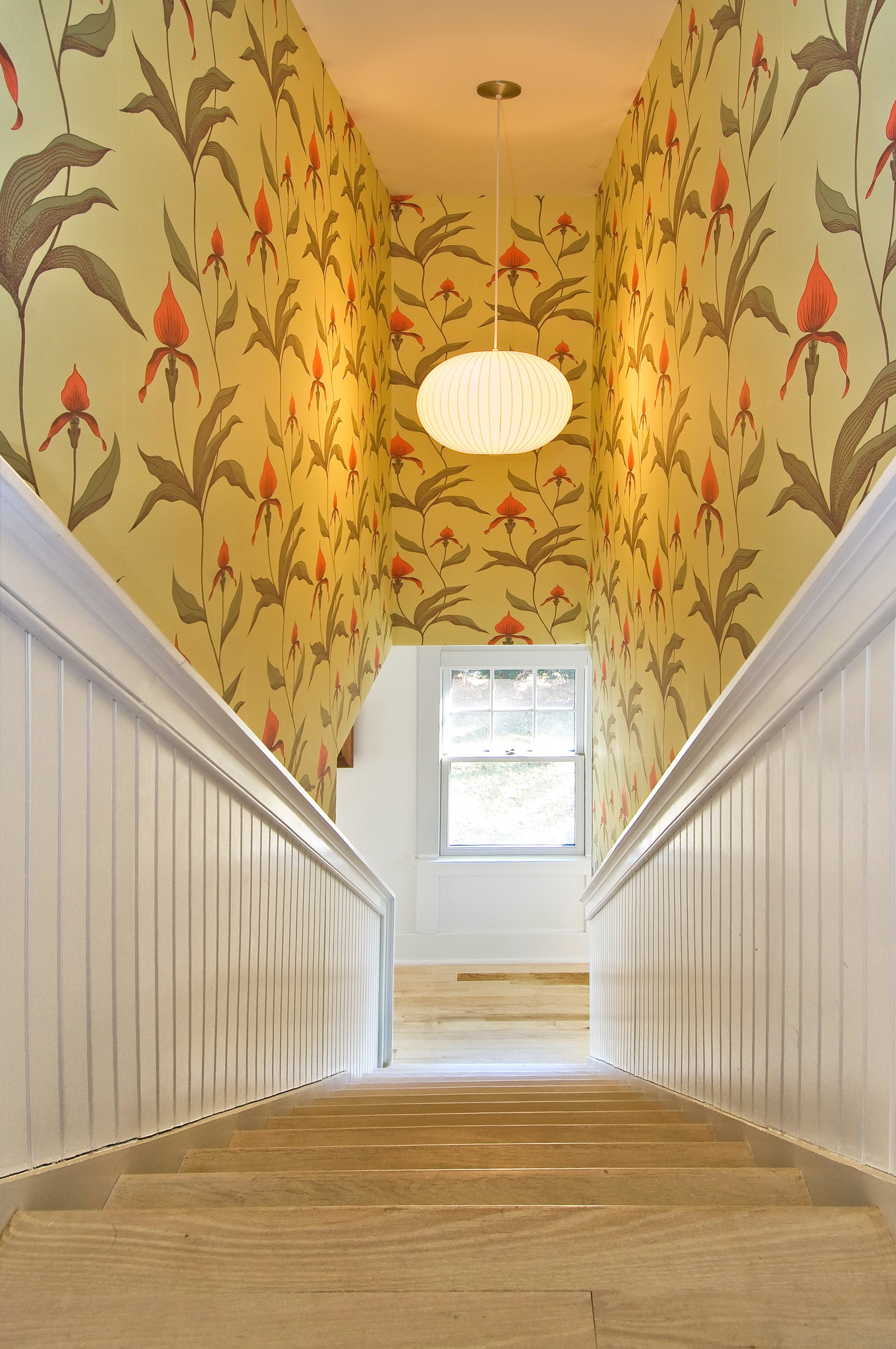 12 Beautiful Rooms That Will Make You Love Wallpaper Again
