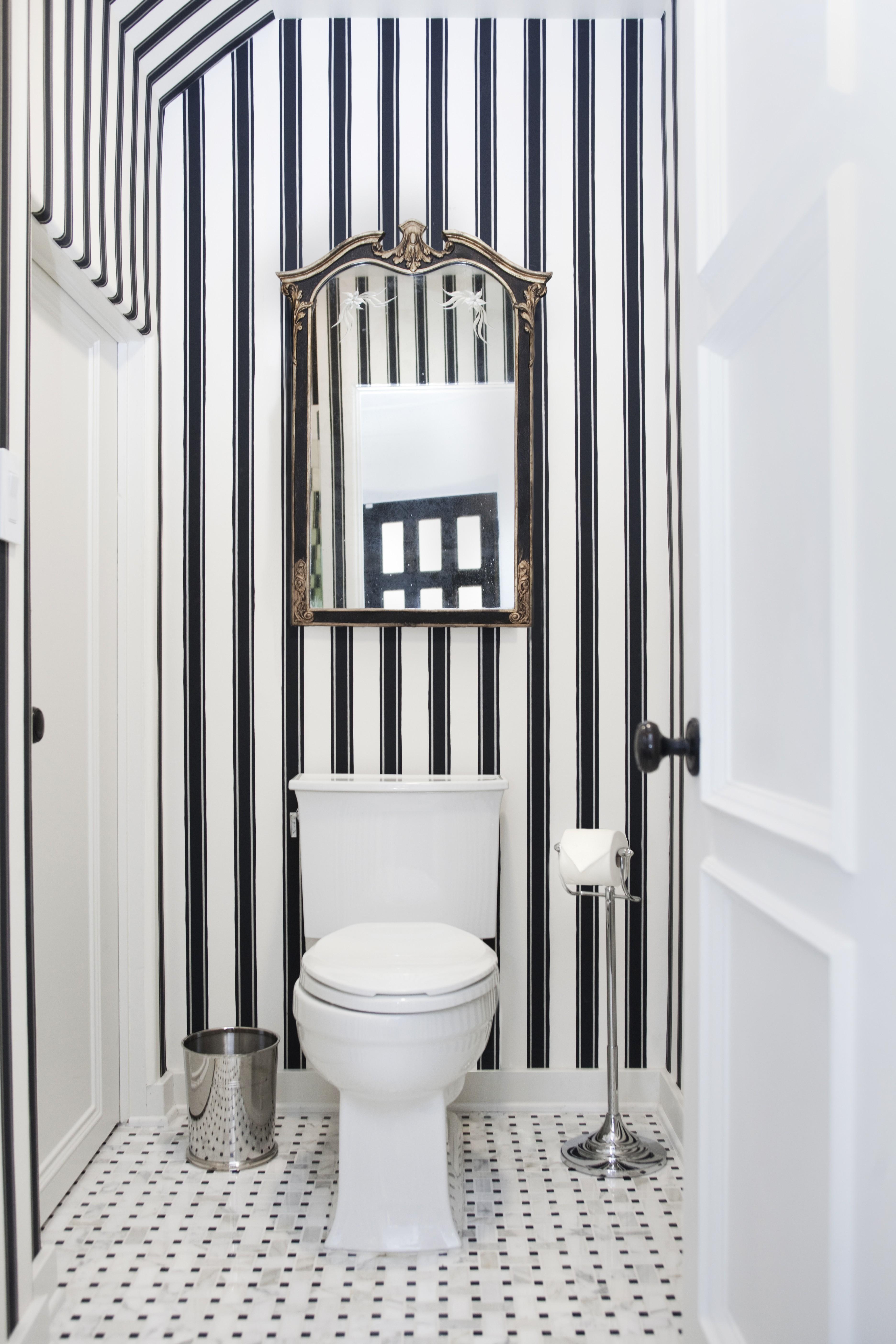 HOUSEplay Interiors - Pattern Bathroom