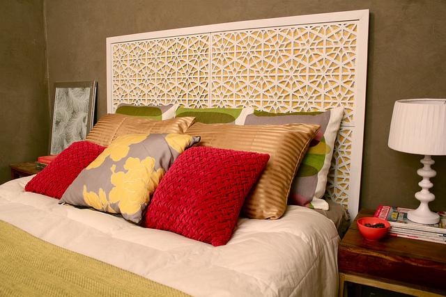 Kara Paslay Designs - DIY Moroccan Lattice Headboard