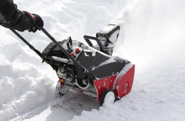 shutterstock_snow-removal-960x500