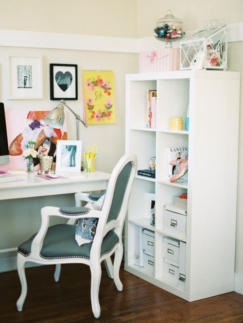 Admirable 12 Super Chic Ways To Decorate Your Desk Porch Advice Largest Home Design Picture Inspirations Pitcheantrous