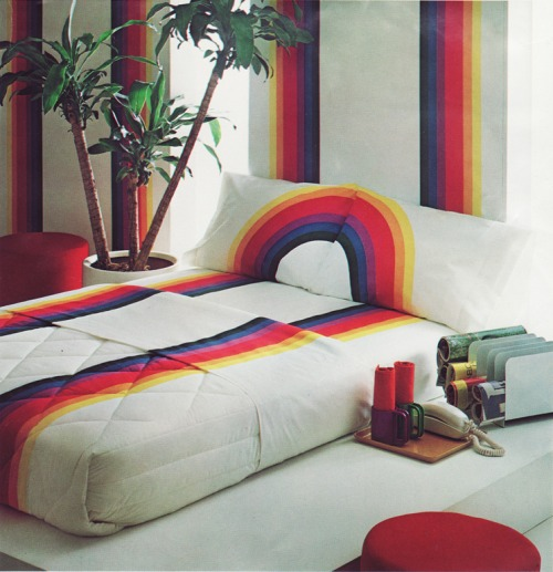 1970's bedroom design