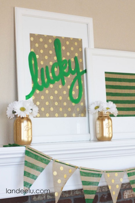 Landeelu St. Patrick's Day burlap and green mantel decor with garland