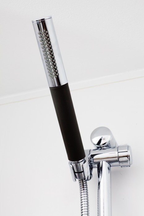Lindsey Runyon Design Shower Head