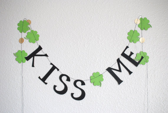 MPaperDesigns via Etsy St. Patrick's Day Kiss Me shamrock banner