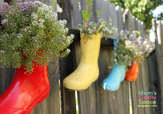 Mom's Crafty Space - rainboot planters