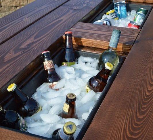 Merveilleux Remodelaholic Refreshment Table 532x500 (1)