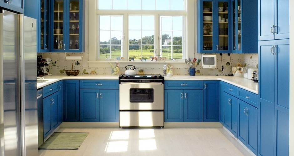 7 colorful kitchens that will make you want to paint your for What makes a kitchen kosher