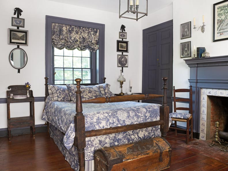 Massachusetts Federal bedroom home