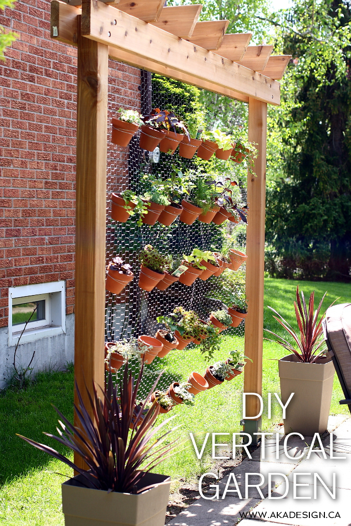 Plant the perfect small space garden with these 8 crafty for Vertical garden design