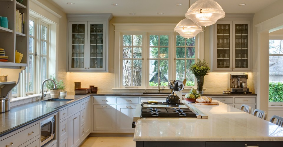 Colleen-Knowles-Interior-Design-kitchen-960x500