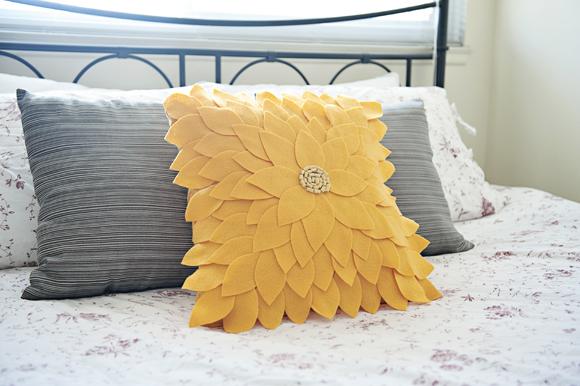 Fab You Bliss DIY sunflower felt pillow