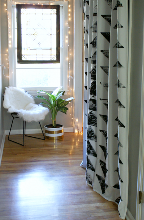 Fifty Two Weekends (Of DIY) DIY block stamped curtains