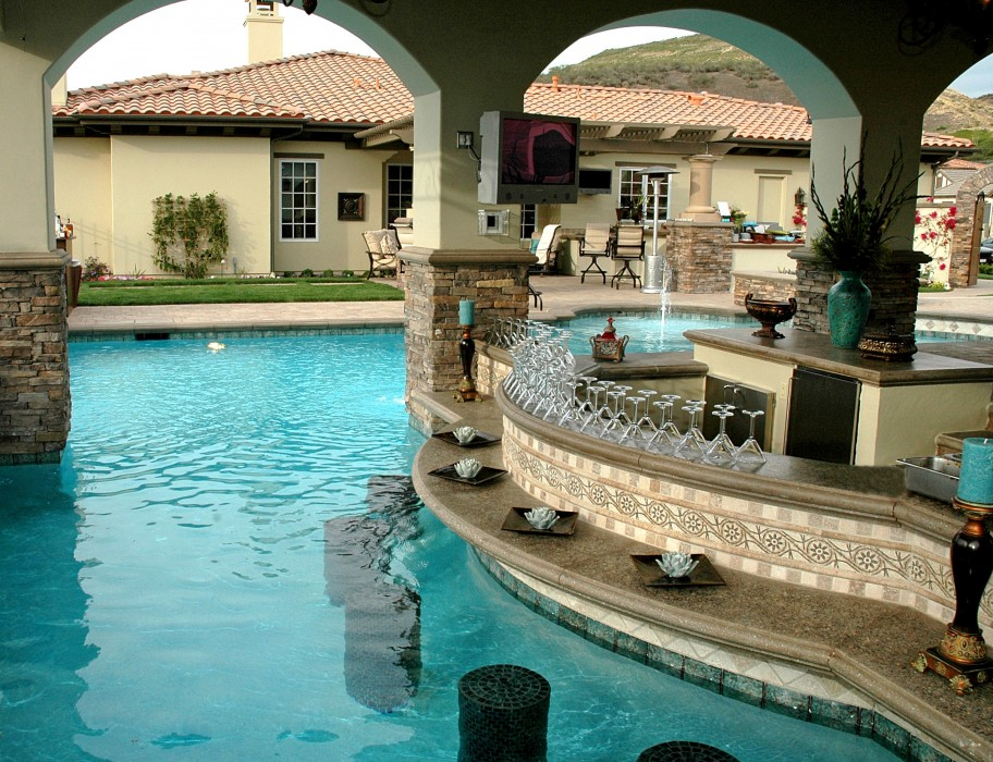 A five star fabulous outdoor design in calabasas porch for Outdoor kitchen ideas with pools
