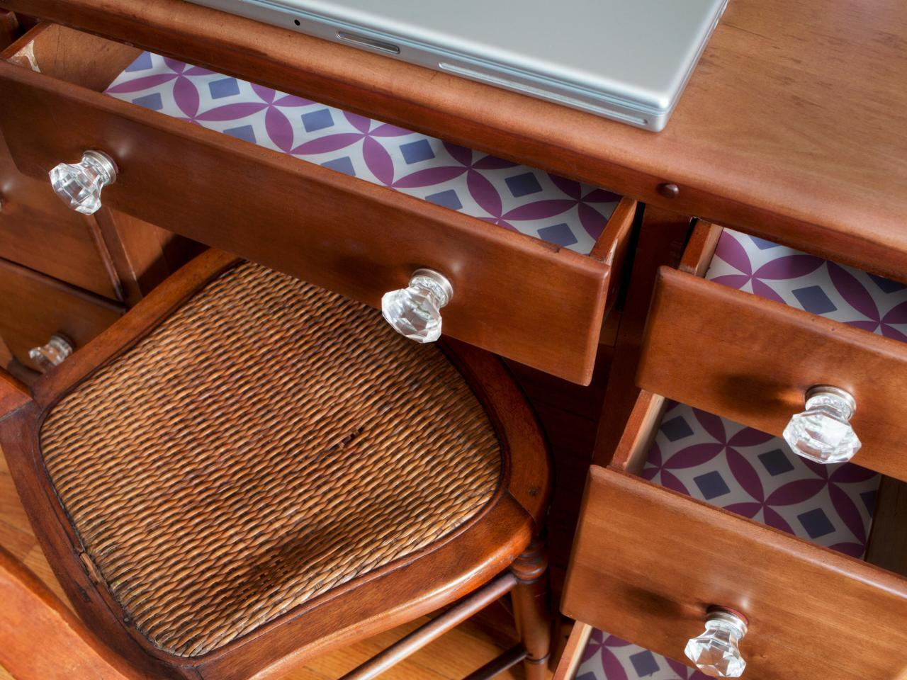 HGTV - wallpaper drawers