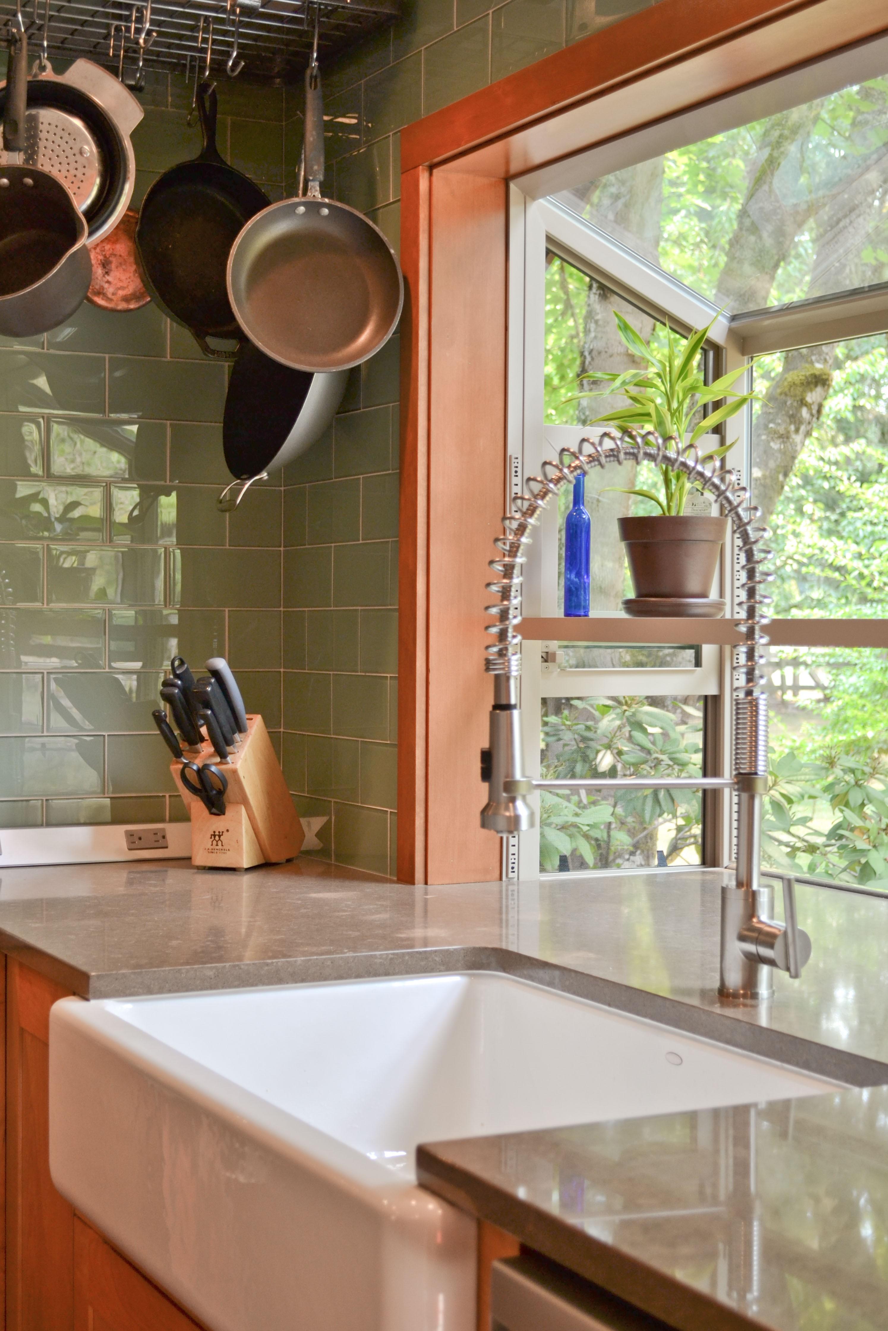 Big Kitchen Sink Deep At One End