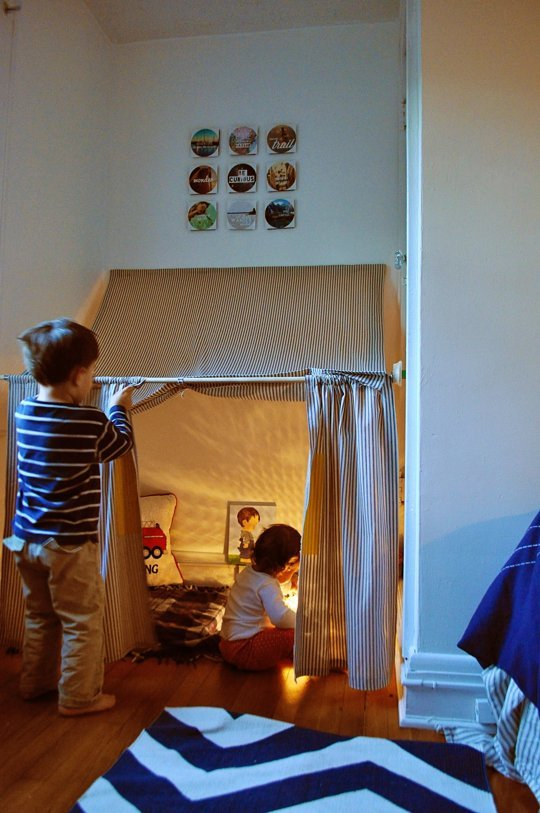 Indoor Play Tent u2013 Ducklings in a Row ... & 15 DIY Teepees and Play Tents Your Kids Will Spend All Summer In ...