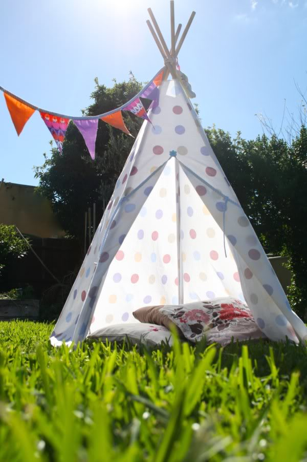 My Poppet Makes - Porch - teepee