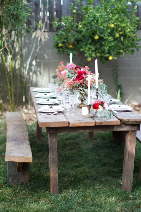 Backyard Tablescape Ideas For Your Next Outdoor Party - Porch Advice
