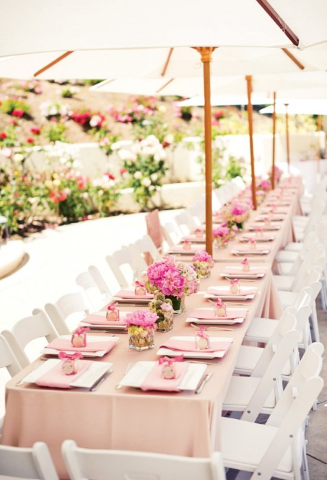 7 Backyard Tablescape Ideas For Your Next Outdoor Party