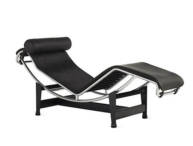 When you don t want normal furniture in your home porch for Chaise longue lc4 le corbusier 1928