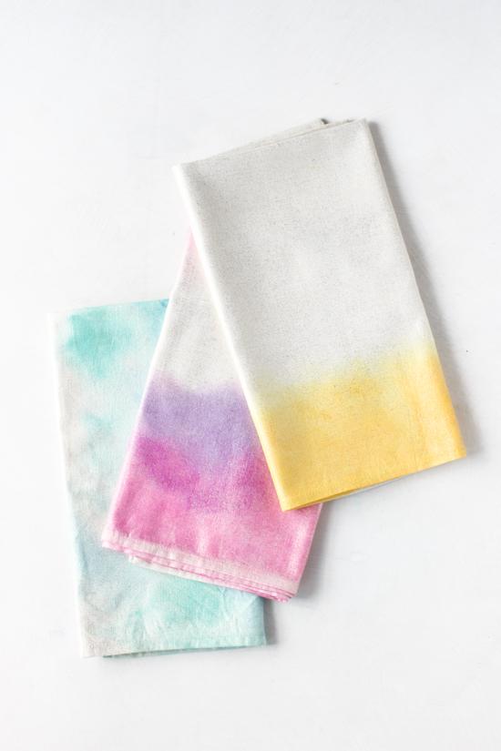 Paper & Stitch DIY watercolor napkins