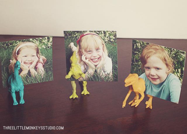 Three Little Monkeys Studio DIY dinosaur photo holders