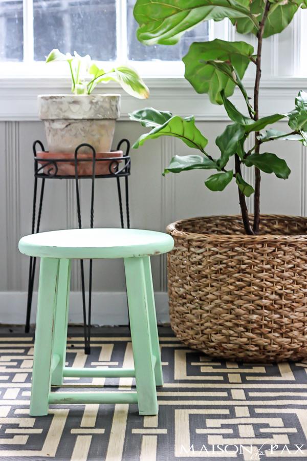 Maison de Pax DIY mint stool