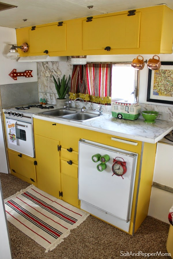 Homes On Wheels: 5 Travel Trailer Makeovers We - Porch Advice on architecture building event ideas, fema camp columbus ohio, fema camper roof, airstream restoration ideas,