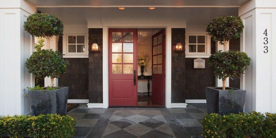 Grambrel Rood Home Kristi Spouse Interiors front entry
