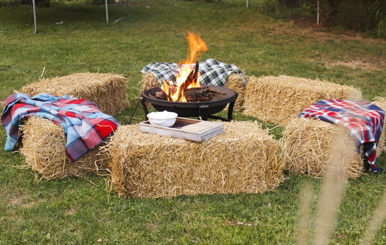 5 Steps To Hosting The Perfect Fall Gathering Porch Advice