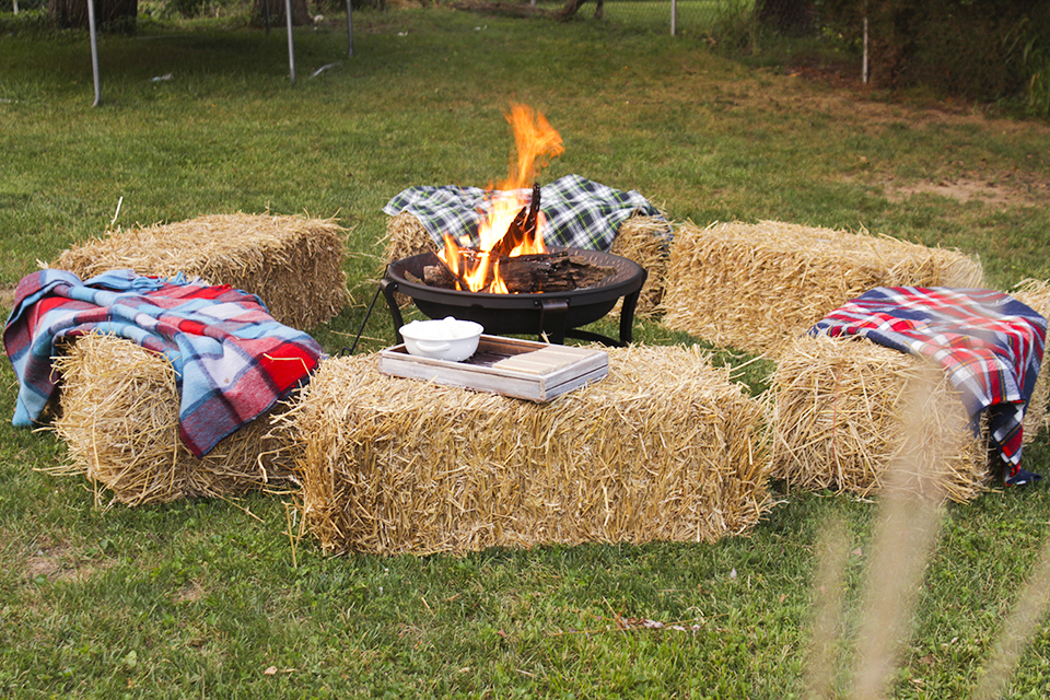 5 steps to hosting the perfect fall gathering porch advice for Bales of hay for decoration