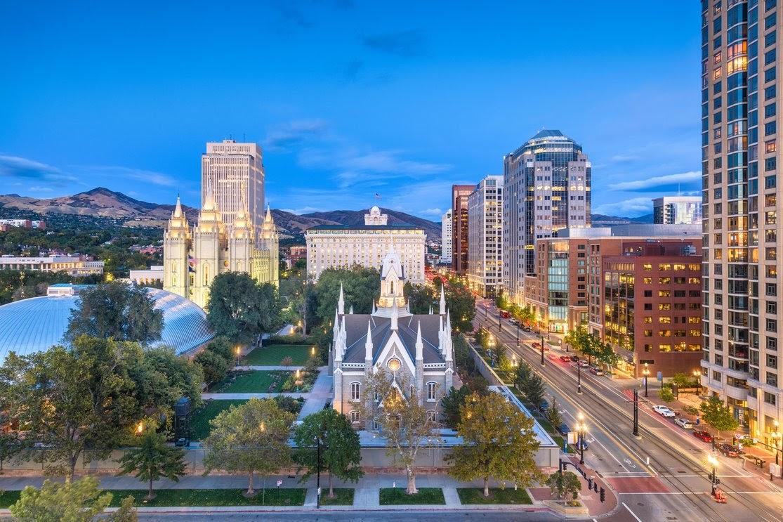 Downtown cityscape over Temple Square at dusk. Salt Lake City, Utah, USA